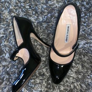 63383454d6 Women s Manolo Blahnik Vintage Shoes on Poshmark